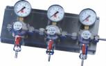 Zwischendruckreglerstation 3-fach, mit Edelstahl- Wandblech